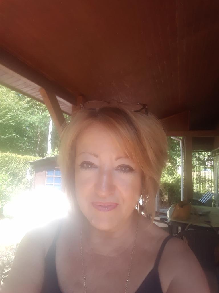 rencontre femme fontainebleau rencontres par sms belgique