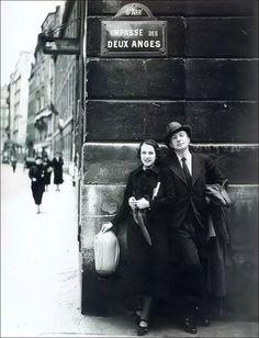 Un dessin de Man Ray pour Les Mains libres, avec Paul Éluard, aux enchères