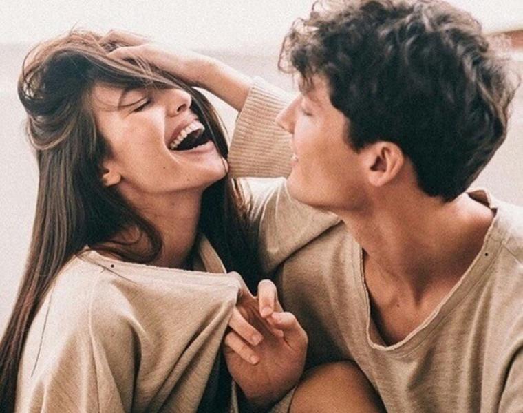 etre en couple et flirter