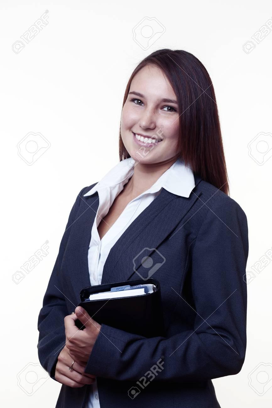 Je suis un jeune fille qui cherche de travail - Yoopies