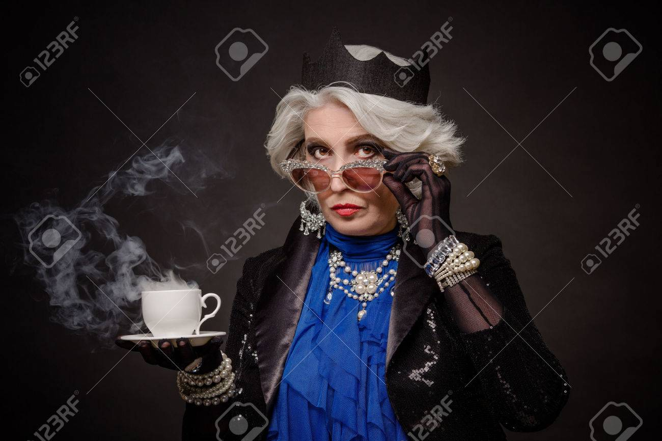 recherche vieille femme riche conjuguer le verbe rencontrer au passé simple