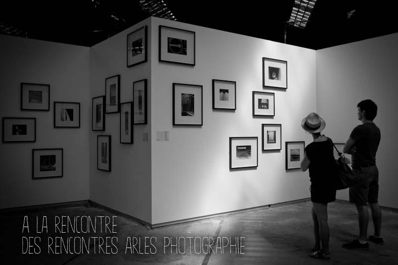 Aux Rencontres de la photographie d'Arles, les murs séparent, la nature relie