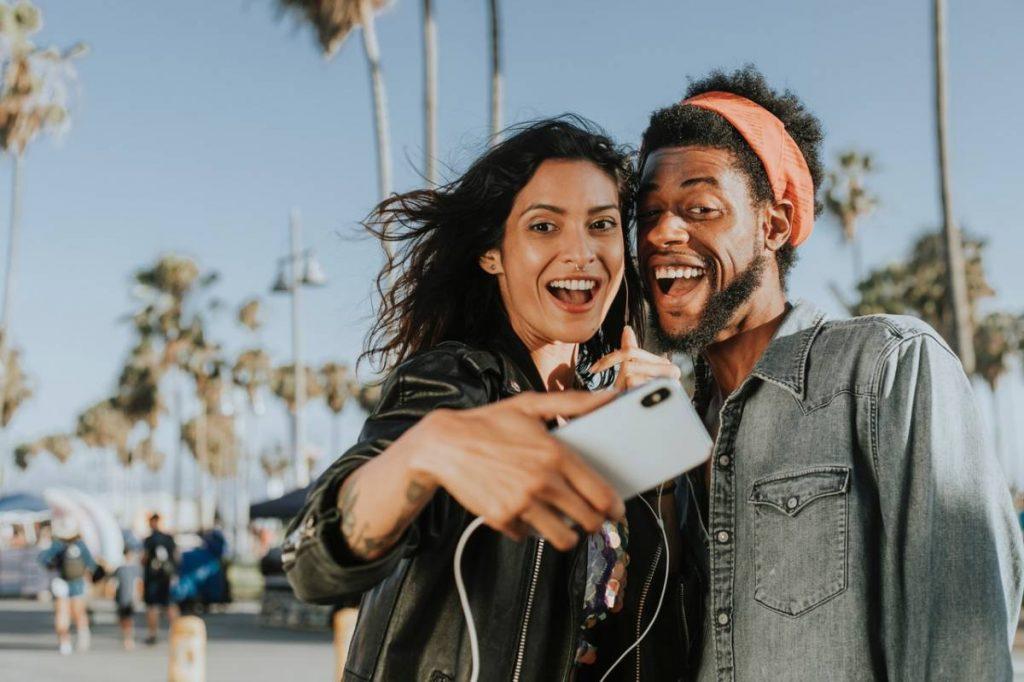 Confinement et célibat : comment réinventer le dating ?